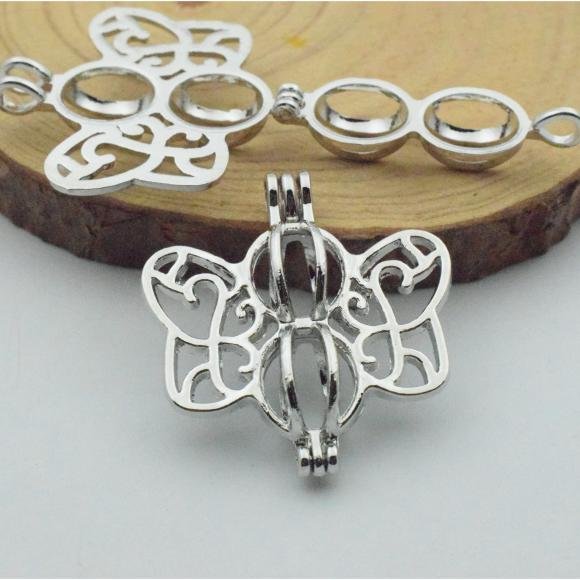 Silver Tone Alloy Wish Box / Locket Pendants - Butterfly - 30mmx32mm - 3 PCS (JP260)