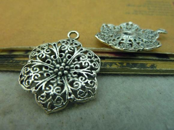 Antique Silver Alloy Pendants - Hollowed Flower - 24mmx30mm - 10 PCS (JP229)