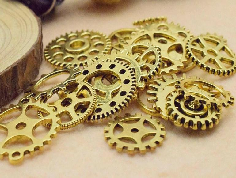 Antique Golden Alloy Pendants - Gear / Watch / Steam Punk Mixed - About 100 PCS (JP142)